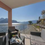 شقة عائلية - عدة أسرّة - على البحيرة (Garibaldi Lake view 3) - شُرفة