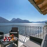 Сімейні апартаменти, багатомісний номер, з виходом до озера (Garibaldi Lake View 4) - Балкон