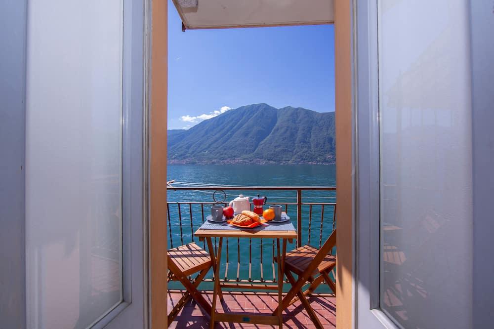Novomanželské studio, dvojlůžko, výhled na hory, u jezera (Colonno Fronte Lago) - Balkón