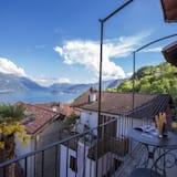 Family Townhome, Multiple Beds, 2 Bathrooms, Mountainside (Rustico Logo Bellavista) - Balcony