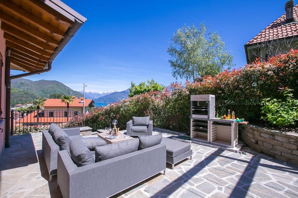 Family Villa, Multiple Beds, Garden Area (Villa Rosalia) - Balcony