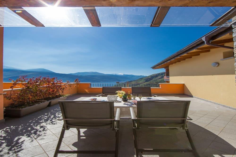 Obiteljski apartman, Više kreveta, 2 kupaonice, uz obronak planine (Borgo La Sorgente - Erica) - Balkon