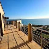 Business Suite, 4 Bedrooms - Balcony