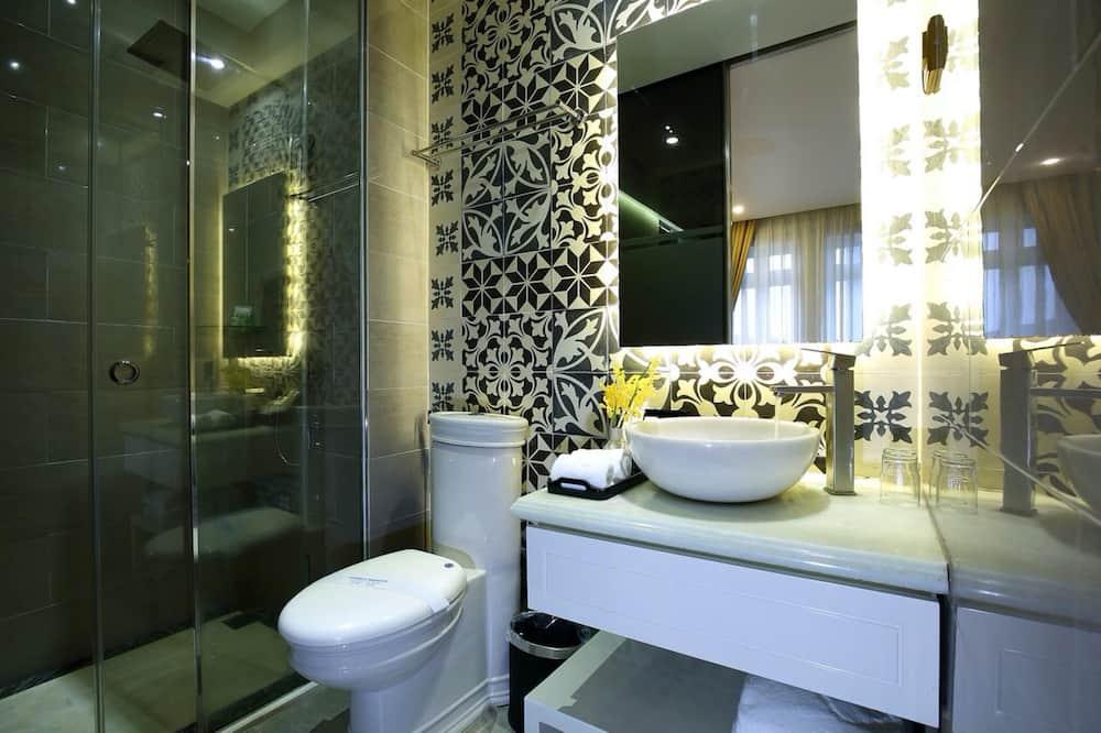 Deluxe-Doppelzimmer, Stadtblick - Badezimmer