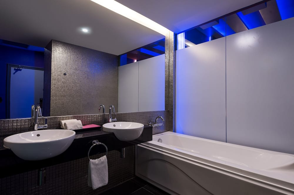 Family Suite - Banyo