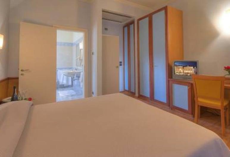 Settecolli Sport Hostel - Double Room 107, Filottrano, Diverse