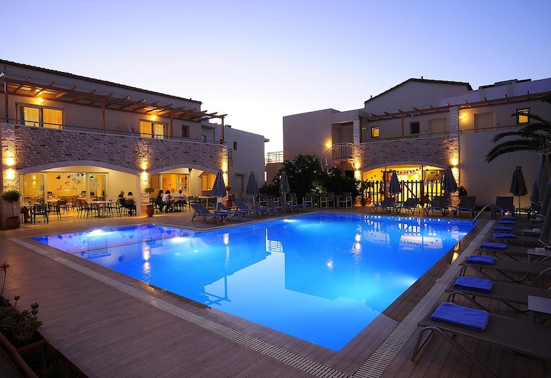 Maravel Star Art Hotel - Room With Pool View, Breakfast, Wifi and Ac Included, Rethymno, Pool