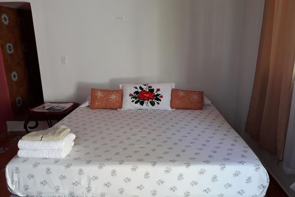 Elitanita Resting Place