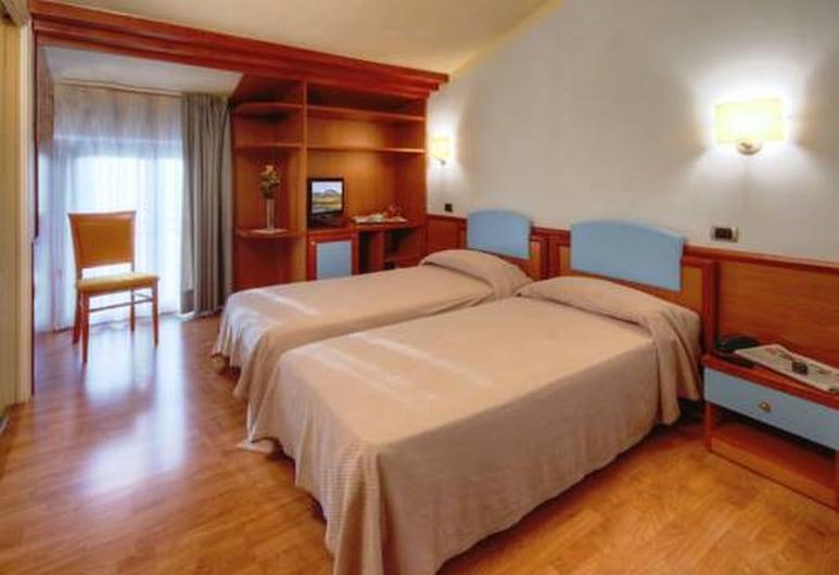 Settecolli Sport Hostel - Double Room 103, Filottrano