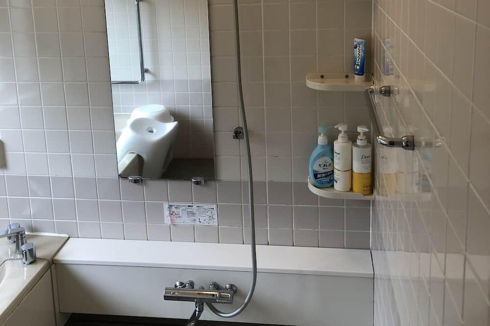 Phòng tập thể, Chỉ dành cho nữ, Không hút thuốc (For 4 people) - Phòng tắm