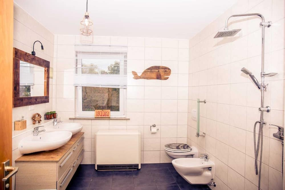 Comfort Apartment, Private Bathroom - Bilik mandi