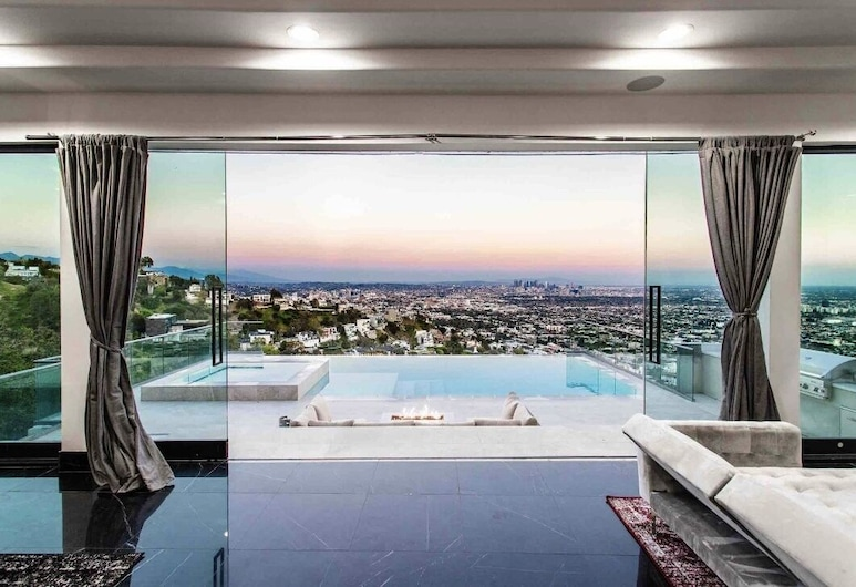 The Hollywood Villa Experience, Γουέστ Χόλυγουντ, Δωμάτιο