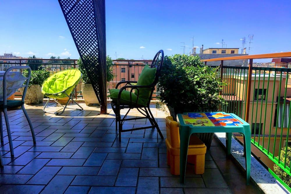 Apartamentai, Kelios lovos - Balkonas