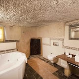 Imperial Cave Suits - Private spa tub