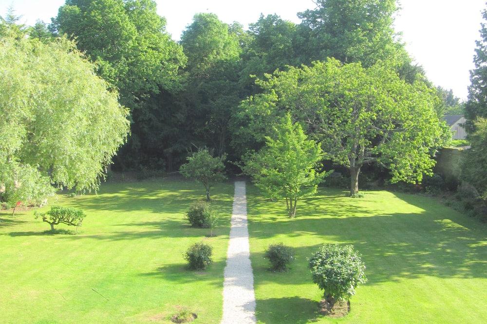Chambre Double ou avec lits jumeaux (Agathe) - Vue sur le jardin