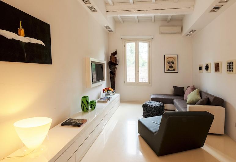 Charming Flat in Centro a Ferrara, Ferrara, Apartamento, 2 Quartos, Área de Estar
