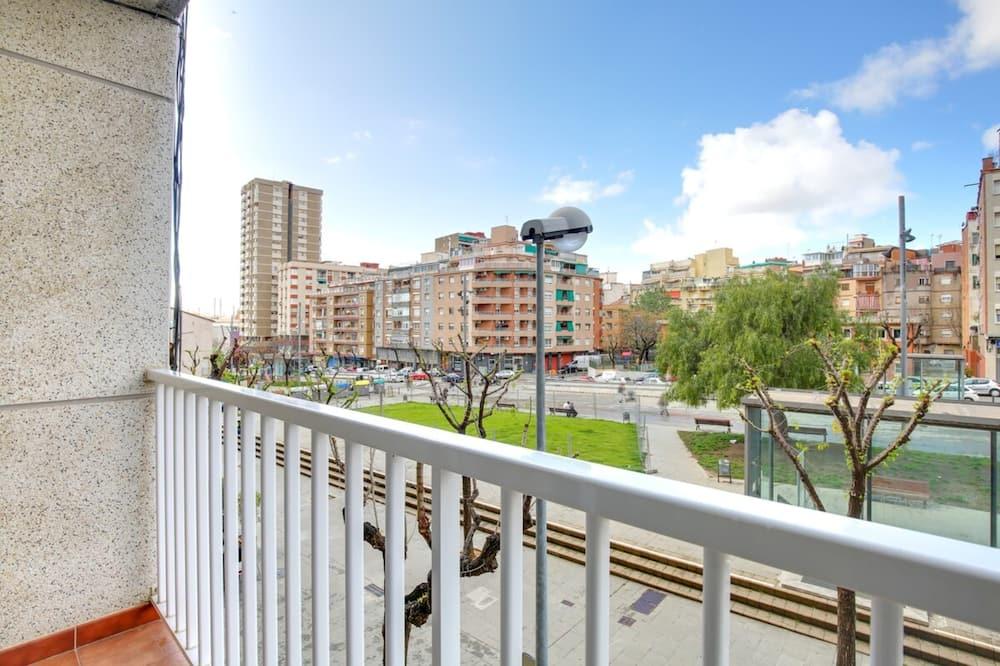 Apartment (1 Bedroom) - Balkon