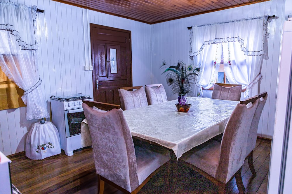 Family Chalet - Living Area