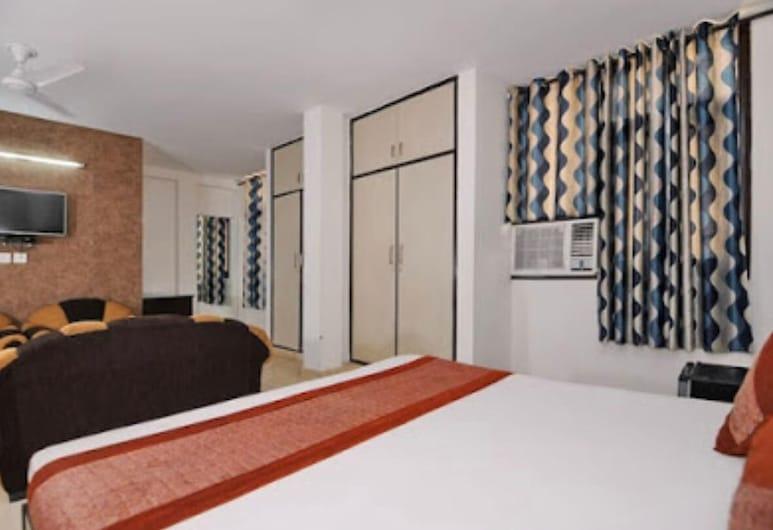 Hotel Shivam Residency, New Delhi, Deluxe Double Room, Guest Room