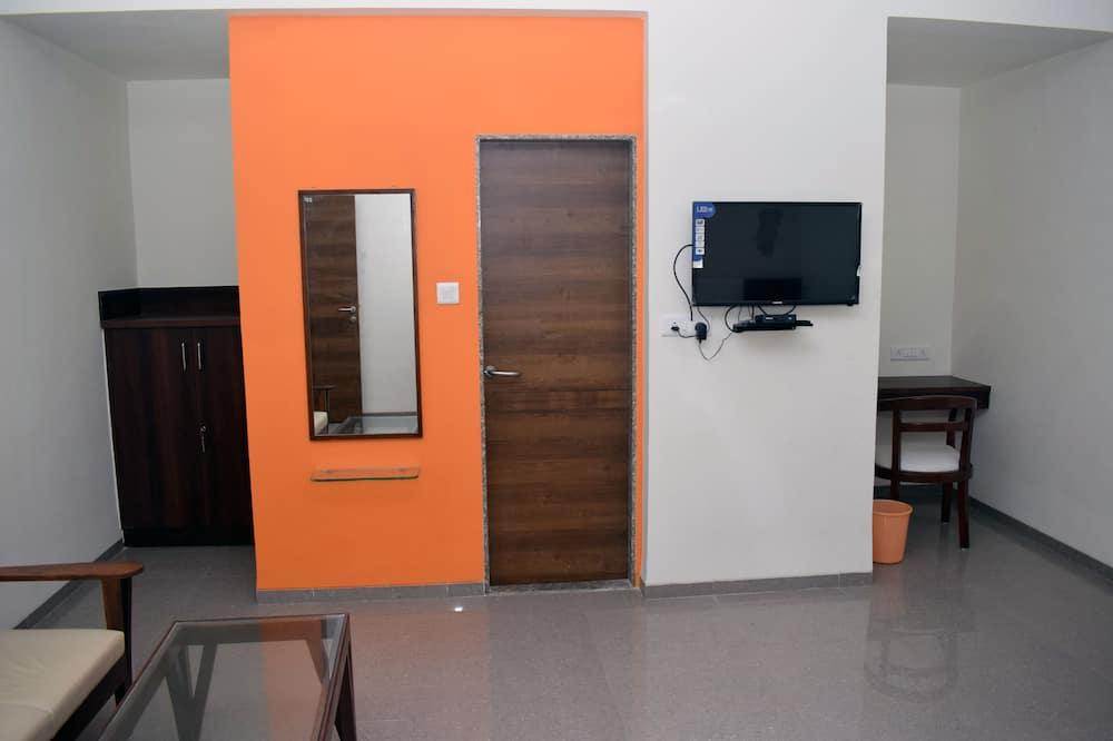 Super Deluxe Room - Living Area
