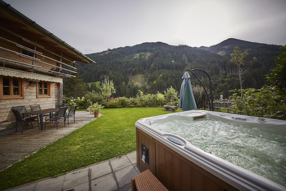 Vasarnamis (Cleaning Fee 239,00 EUR) - Atskira masažinė vonia