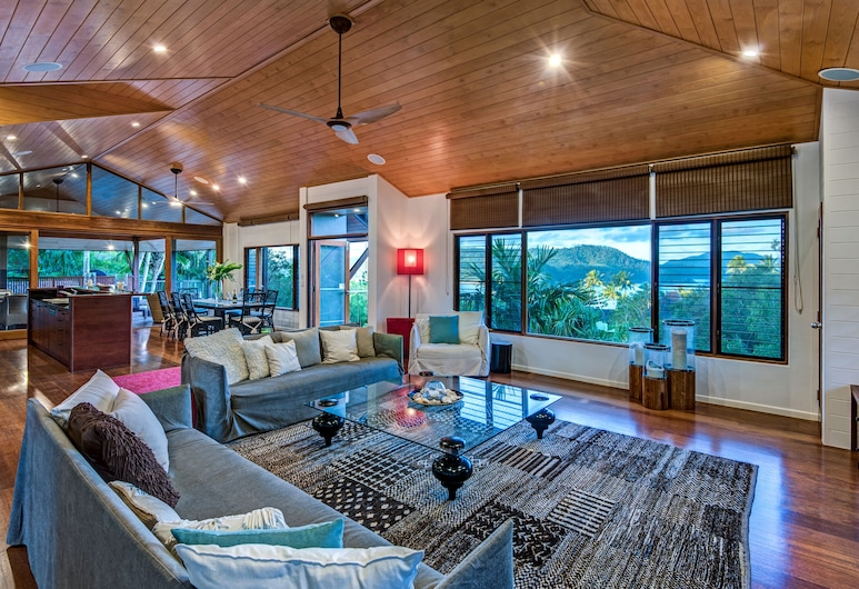 Iluka Luxury House With Ocean Views, 哈密爾頓島, 酒廊