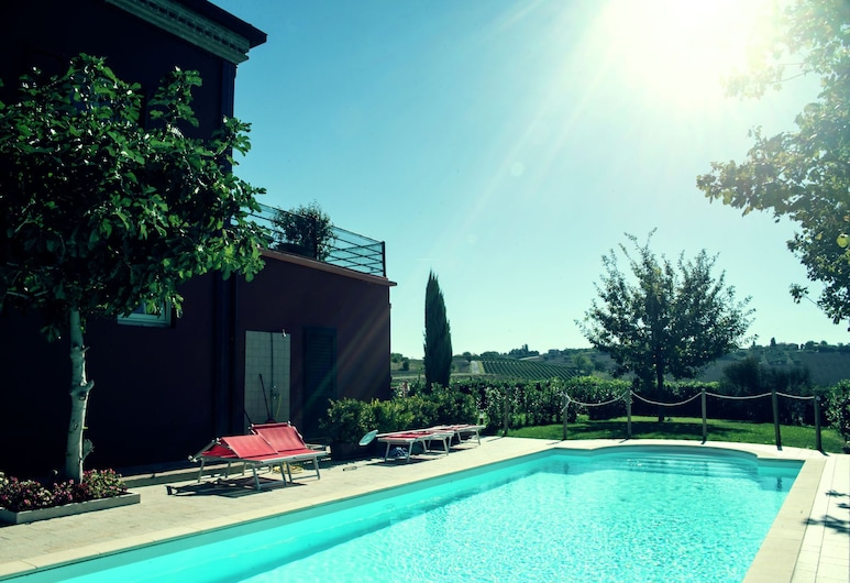 Lovely Apartment in Coriano Italy With Swimming Pool, Coriano