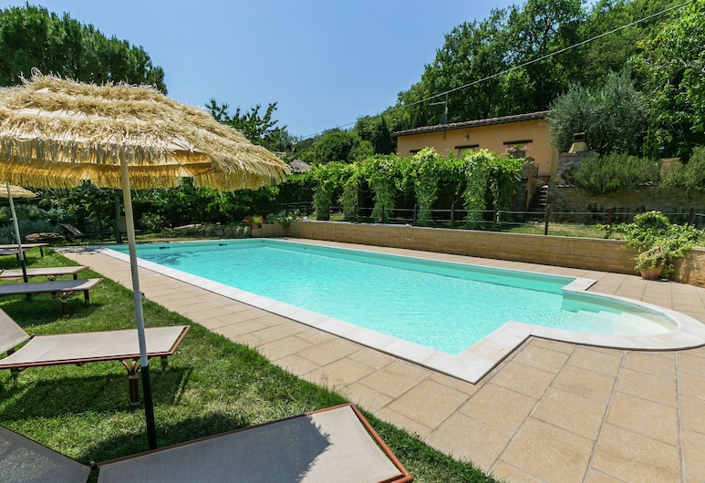 Rustic Farmhouse in Montepulciano With Swimming Pool, Montepulciano, Hồ bơi