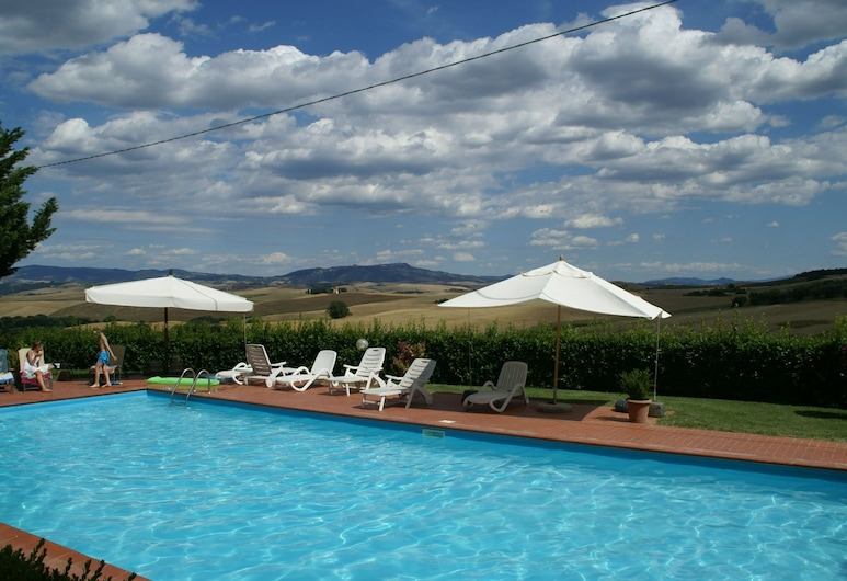 Holiday Home in Orciatico With Pool, Lajatico, Piscina