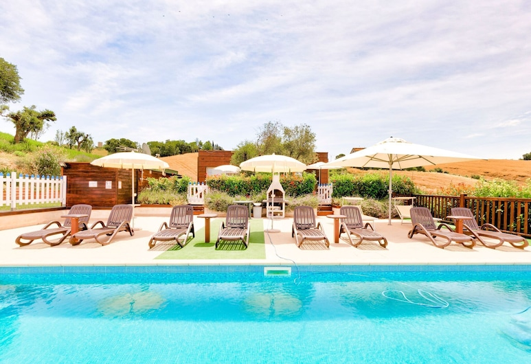 Cosy Holiday Home in Montegranaro With Swimming Pool, Montegranaro, Pool