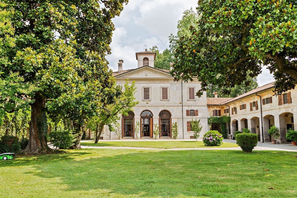 Lovely Holiday Home in Cornovecchio With Swimming Pool