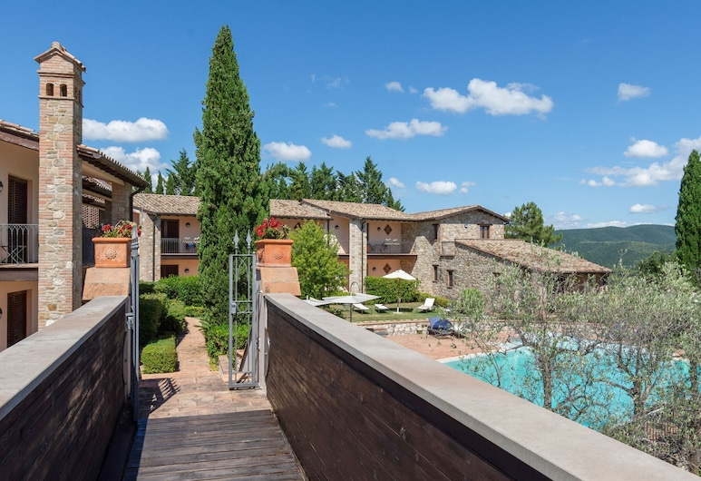 Appealing Holiday Home in Collazzone With Sauna & Pool, Collazzone, Reception