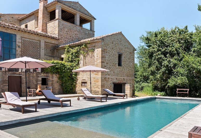 Lovely Apartment in Anghiari With Swimming Pool, Anghiari, Exterior