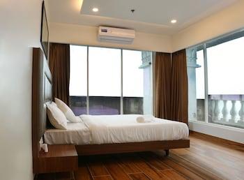 A(z) Sky suites by Monarch hotel fényképe itt: Navi Mumbai