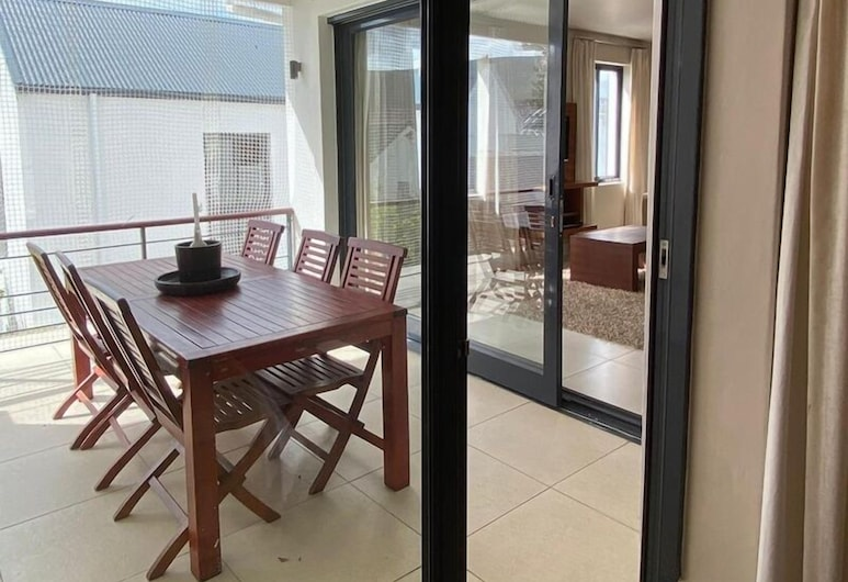 Marine Square Luxury Suites, Hermanus, Standard Apartment, 2 Bedrooms, Terrace/Patio