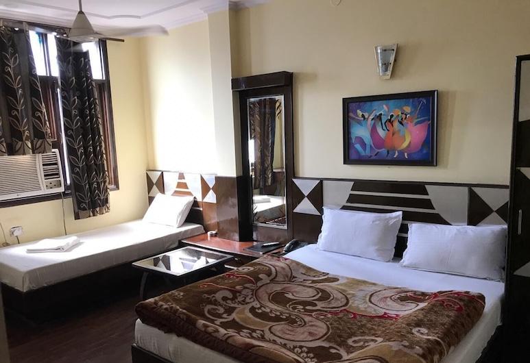 ADB Rooms Gaurav Guest House, New Delhi, Obiteljska četverokrevetna soba, Dnevna soba