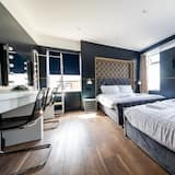 Luxury Apartment, Private Bathroom - Room