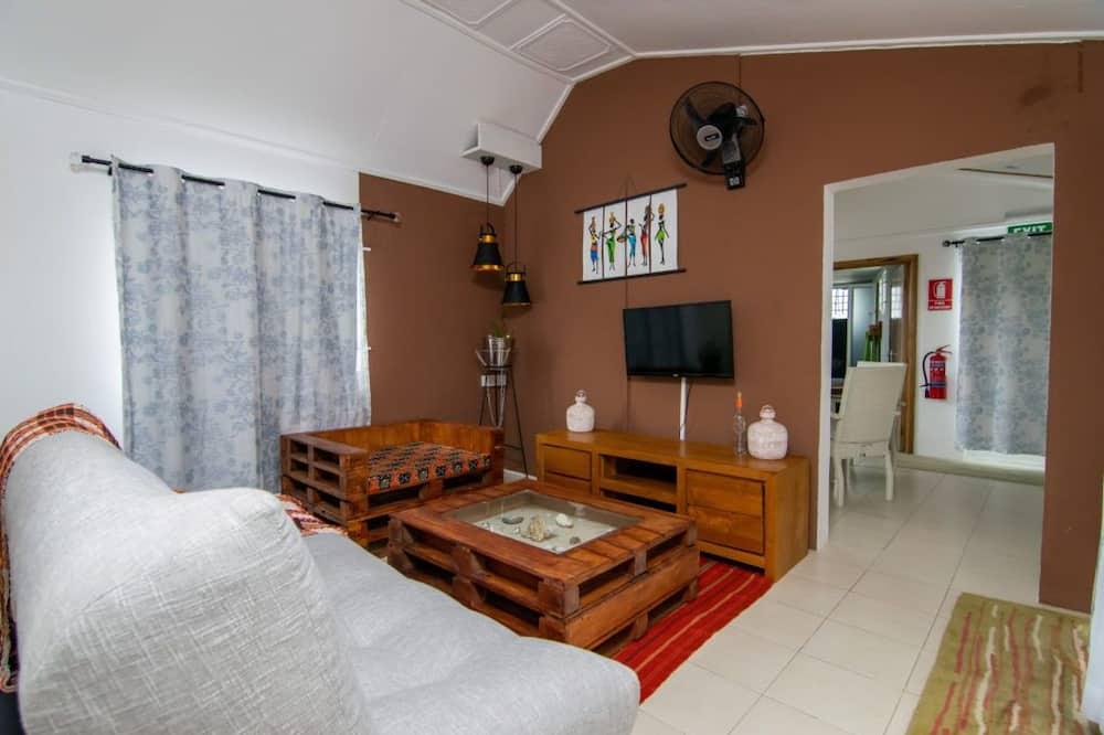 Apartment, 2 Bedrooms (L'Afrik) - Living Area