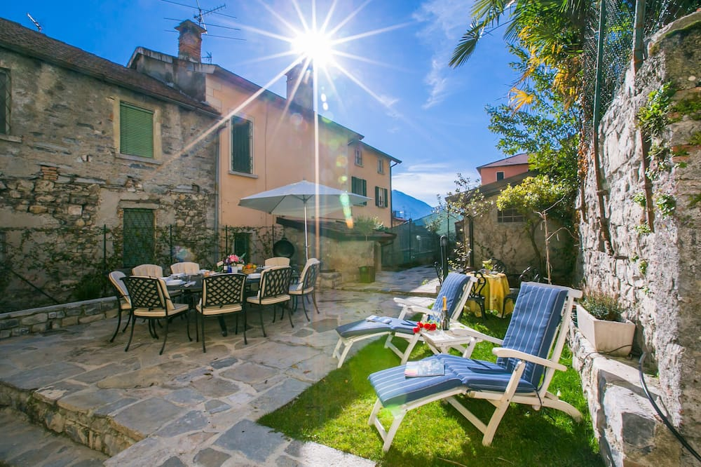 Family Townhome, Multiple Beds, Refrigerator & Microwave, Garden Area (Villetta Argegno) - Balcony