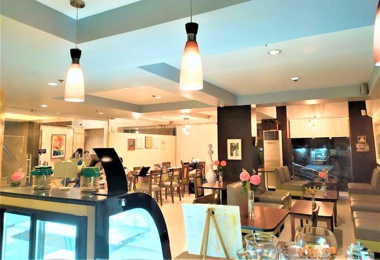 Festive Hotel, 馬卡提, 酒店酒吧