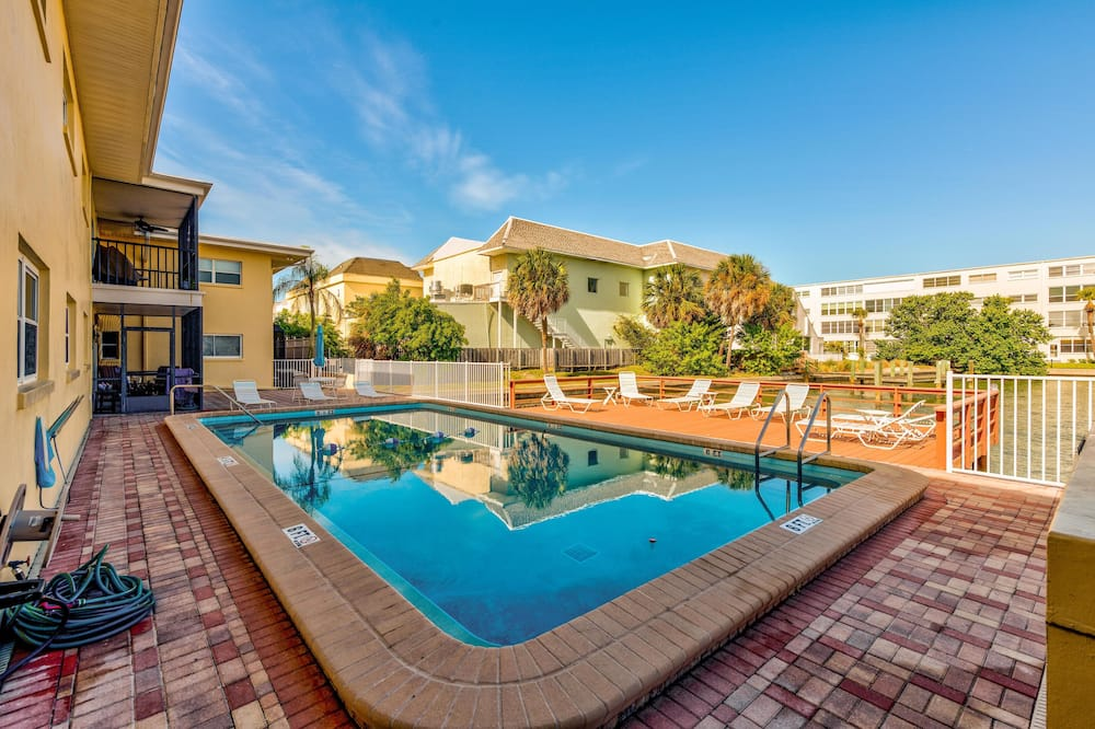 Condo, Multiple Beds (Brightwater Beach - Amazing Updates, ) - Pool