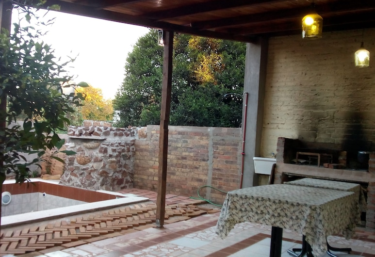Bottega Nau Tata for 4 or 5 People Double bed and 3 Single Beds, Obera, Pool