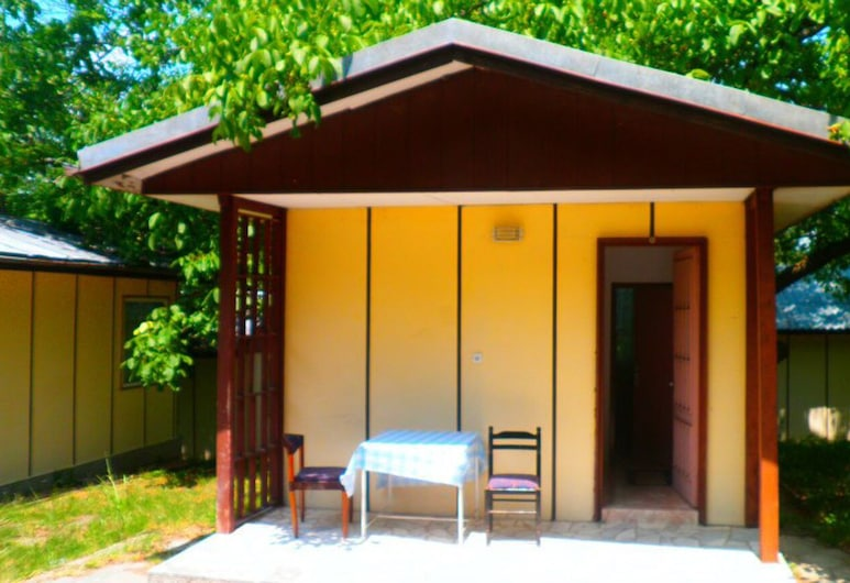Pretty Bungalow for 2 or 3 Persons in a Lovely Area, Petrich, Diversos
