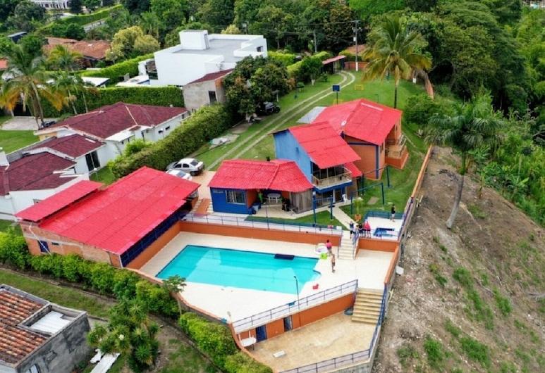 Country House in Cerritos, Pereira, Pereira