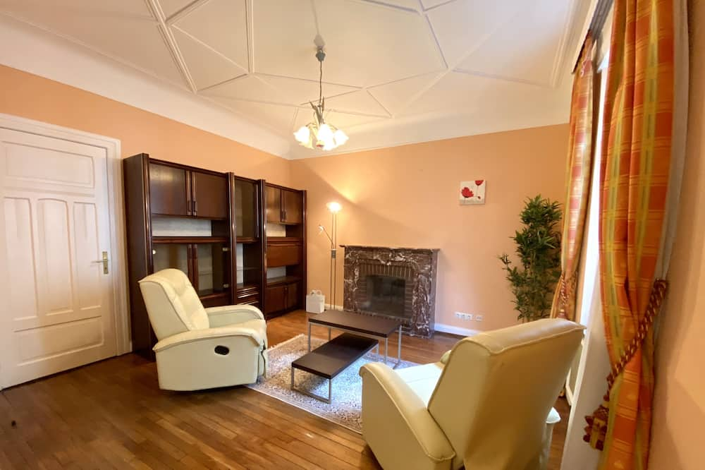 Townhome - Living Room