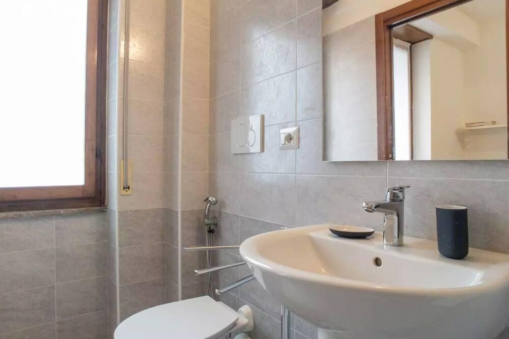 Family Apartment, 3 Bedrooms (Martini) - Bathroom