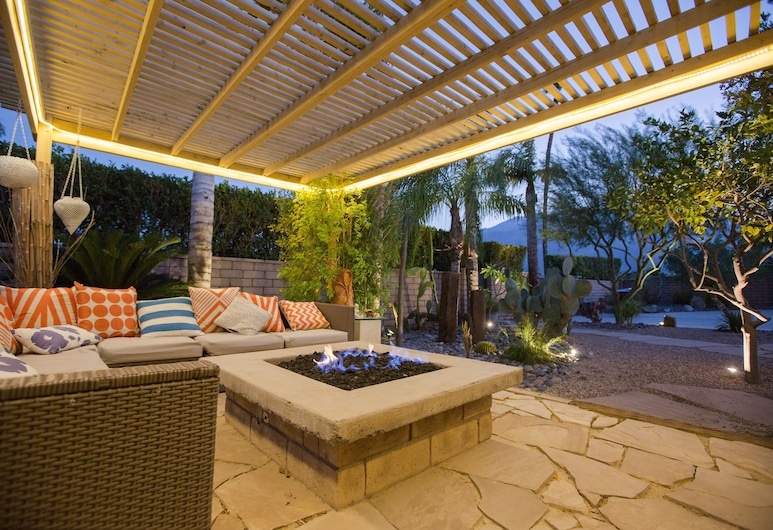 2888vene 3 Bedroom Home, Palm Springs, Dom, 3 spálne, Balkón