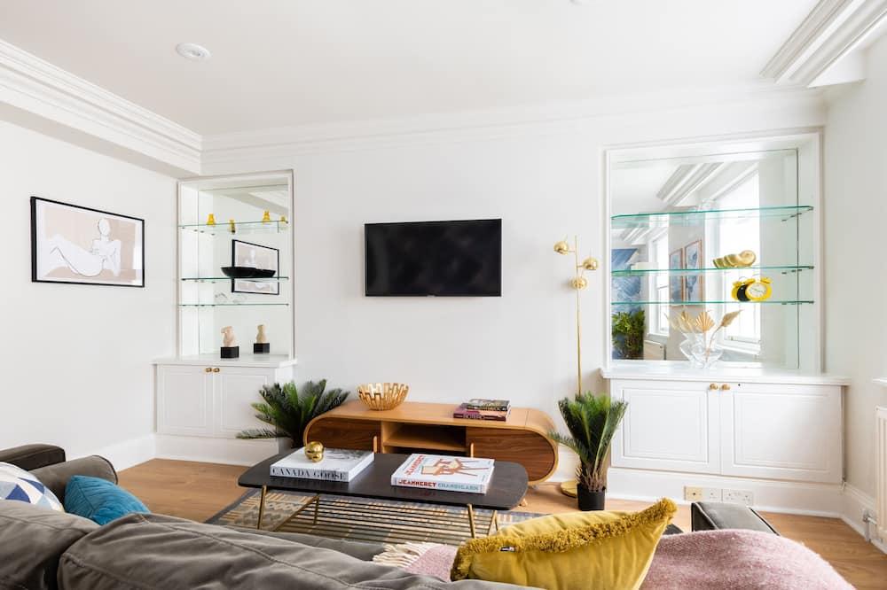 Апартаменти (1 Bedroom) - Житлова площа