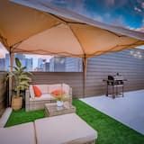 Cozysuites Luxe 3BR Uptown Home Great Rooftop