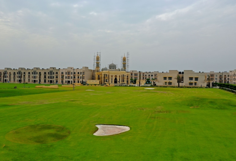 Two Bed Luxury Apartment, Lahore, Garden